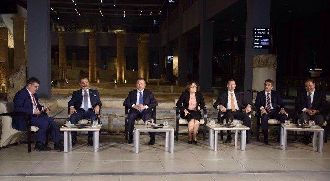 GTO Başkanı Bartık, İskele Sancak Programına Katıldı