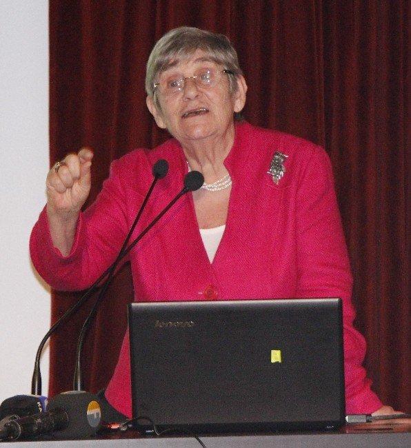 Prof. Dr. Canan Karatay'dan Sağlıklı Yaşam Konferansı