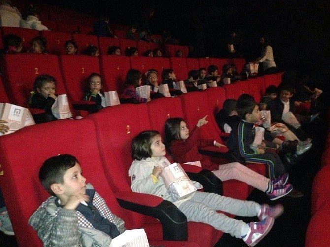'Haydi Çocuklar Sinemaya' Etkinlikleri Devam Ediyor
