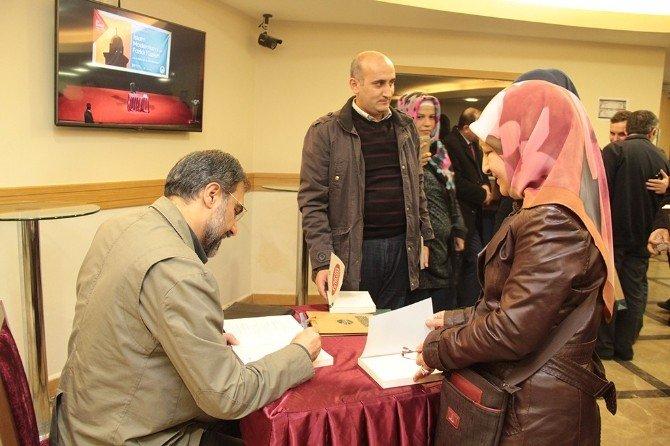 'İslam Modernizmi Ve Farklı Yüzleri' AKM'de Konuşuldu
