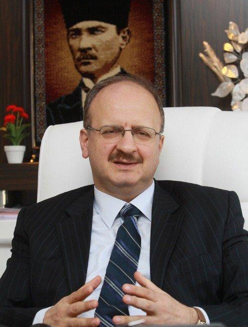 Katip Çelebi Üniversitesi Büyüyor