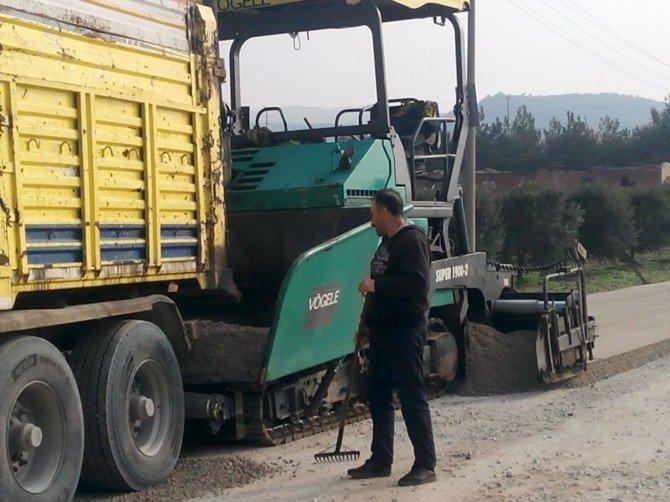 Manisa Büyükşehir, Kırkağaç'ta Çalışmalarını Sürdürüyor