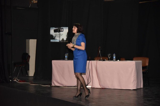 Alanya'da Belediye Şoförlerine Trafik Semineri