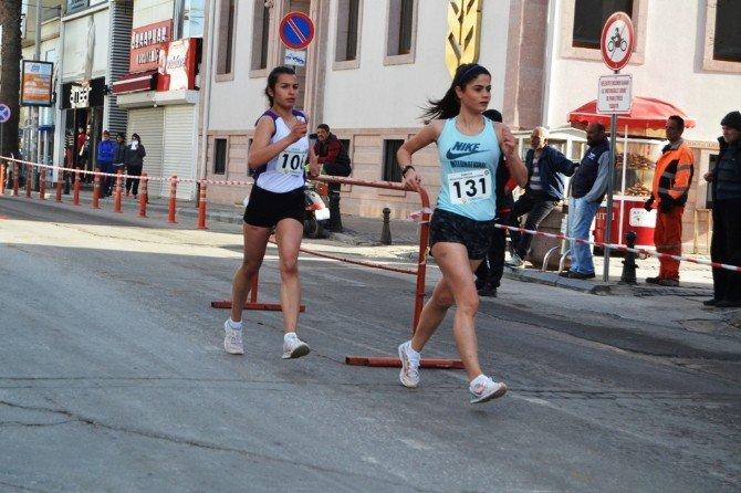 Türkiye Yürüyüş Şampiyonası Ayvalık'ta Başladı