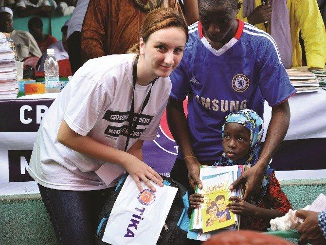 TİKA'dan Afrika'ya 15 Program İle Eğitim
