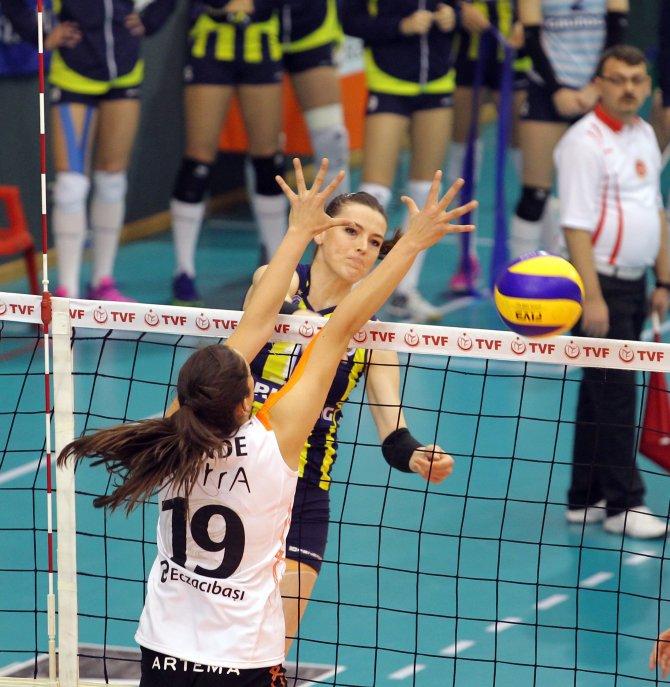 Eczacıbaşı VitrA: 3 - Fenerbahçe Grundig: 2