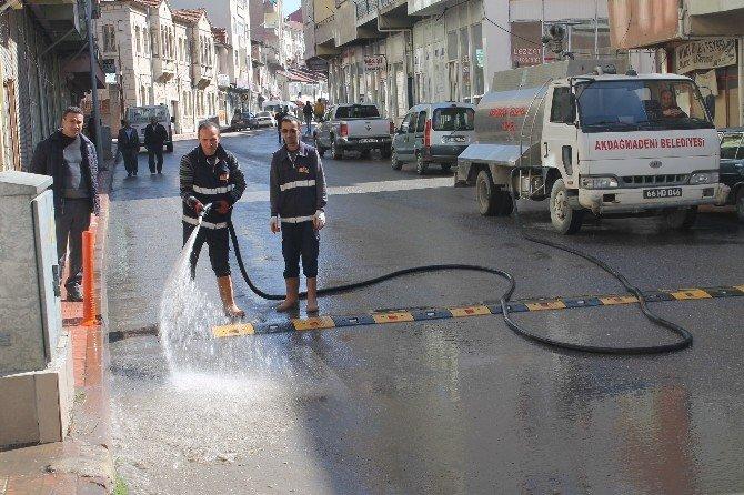 Akdağmadeni Belediyesinden Bahar Temizliği