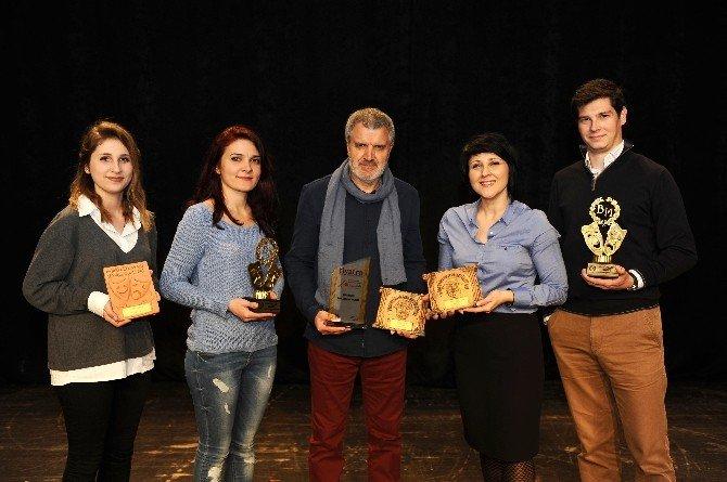 Karşıyaka'nın Ödül Avcıları