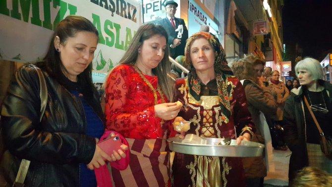 Artvinli kadınlar Cerattepe'de maden çıkarılmasını, lokma dökerek protesto etti