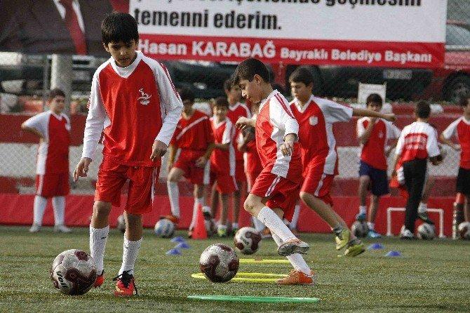 Bayraklı'da Spor Zamanı
