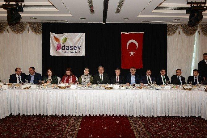 Başkan Eser, Adana'daki Malatyalılarla Buluştu