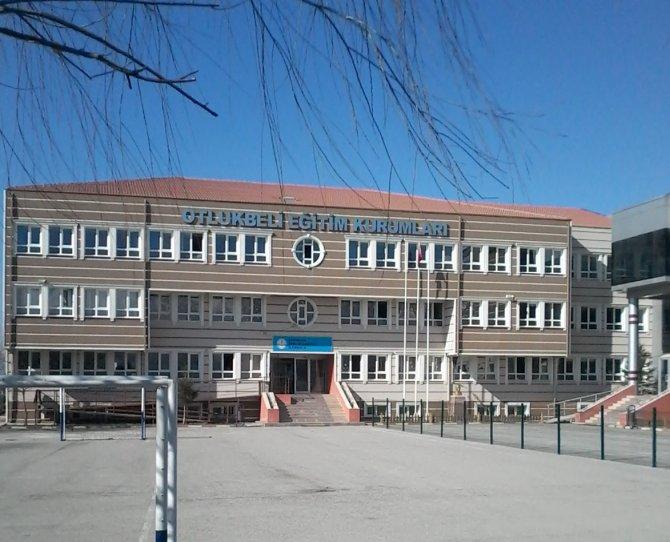 Erzincan'ın başarılı okullarına polis baskını