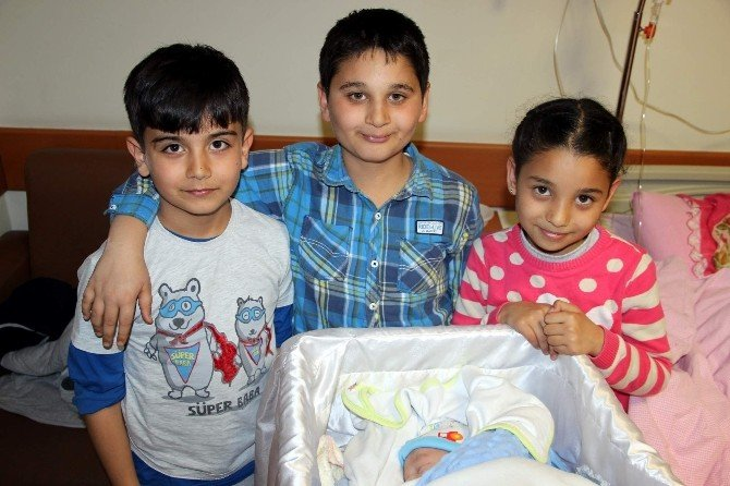 Nevşehir'de 29 Şubat'ta İki Bebek Dünyaya Geldi