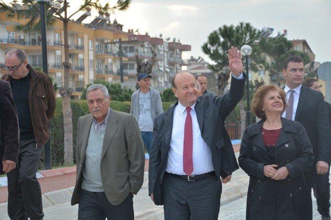 Başkan Özakcan, Vatandaşın Yol Sorununa Çare Oldu