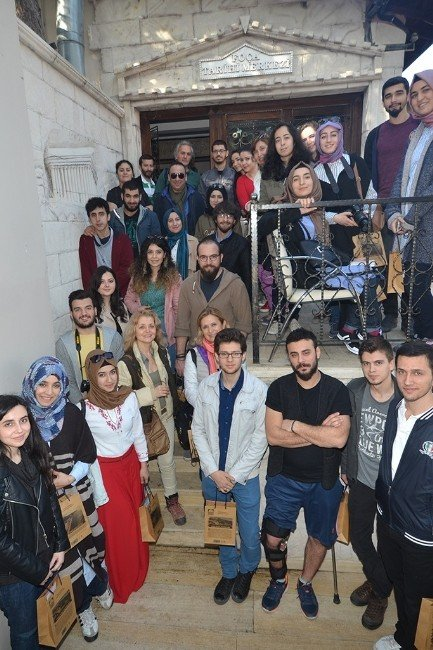 Mimarlık Öğrencileri, Foça Arkeoloji Müzesini Projelendirecek