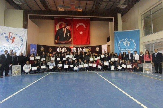 Gençlik Merkezleri Arası Türk Müziği SES Yarışması Sona Erdi