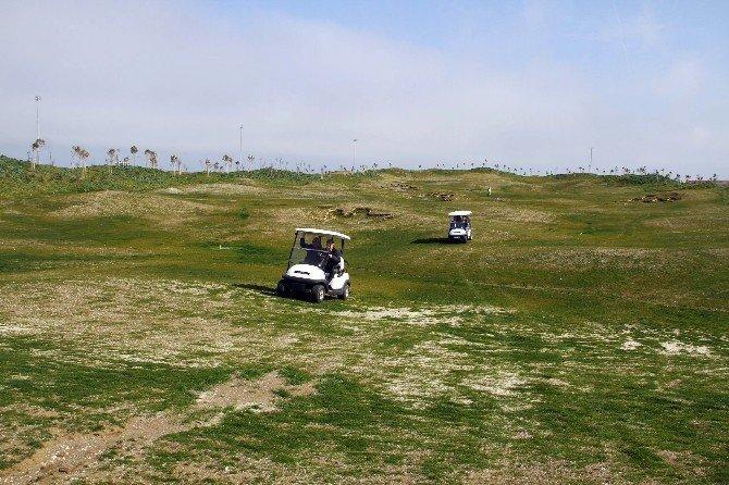 Samsun Golf Sahası 18 Çukura Çıkıyor