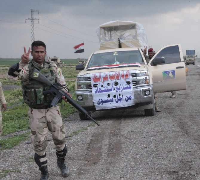 Irak ordusu, Musul'u IŞİD'ten almak için bölgeye asker sevkıyatına başladı
