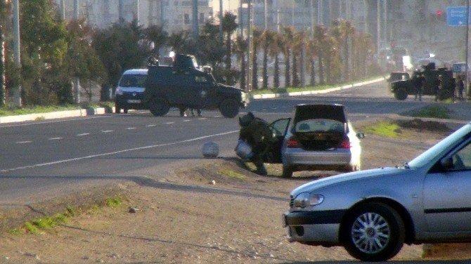 Şüpheli Araçtan Tüp Düzenekli Bomba Çıktı