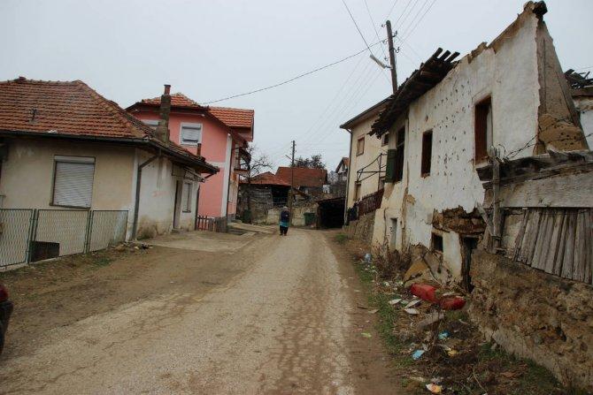 Tsirnik ahalisi Türkçe dersini geri istiyor