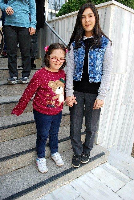Yaşam Koçları Down Sendromlu Çocuklara Umut Olacak