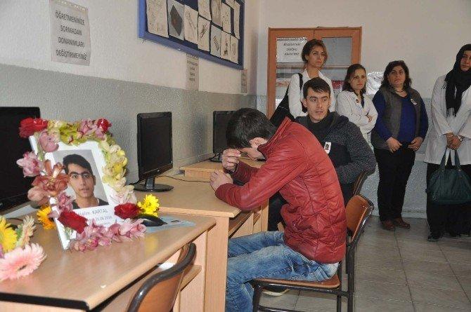 Kazada Hayatını Kaybeden Öğrencinin Okulunda Yas Var