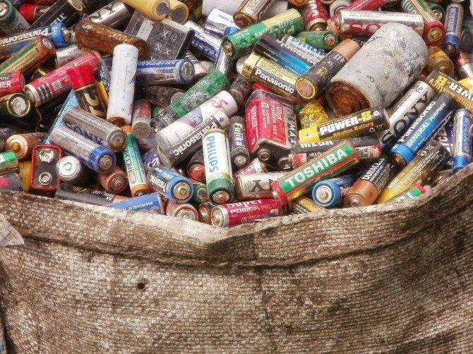 Odunpazarı'nda 1 Yılda 5,5 Ton Atık Pil Toplandı