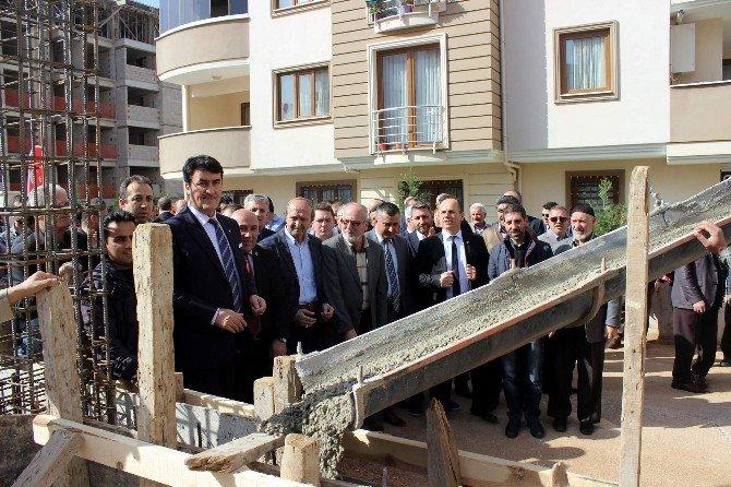 """Osmangazi Belediyesi """"Bilgi""""li Gençler Yetiştirecek"""