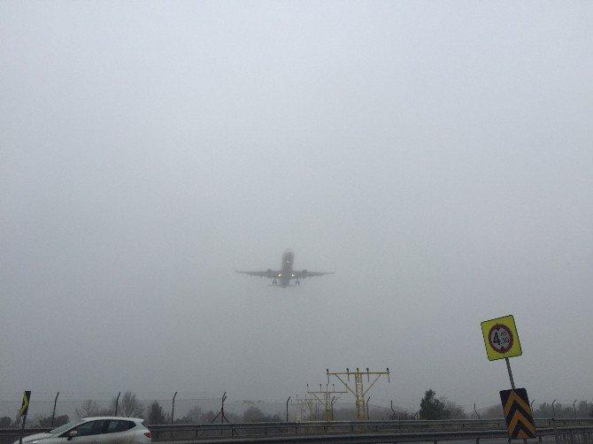 Sis Uçuş Trafiğini De Olumsuz Etkiledi