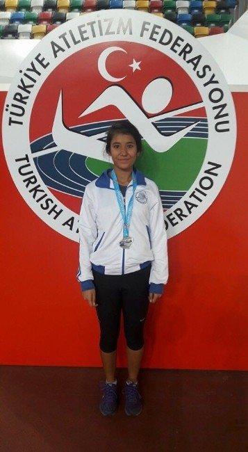Seyhan'ın Sporcuları Olimpiyatlarda Türkiye'yi Temsil Edecek