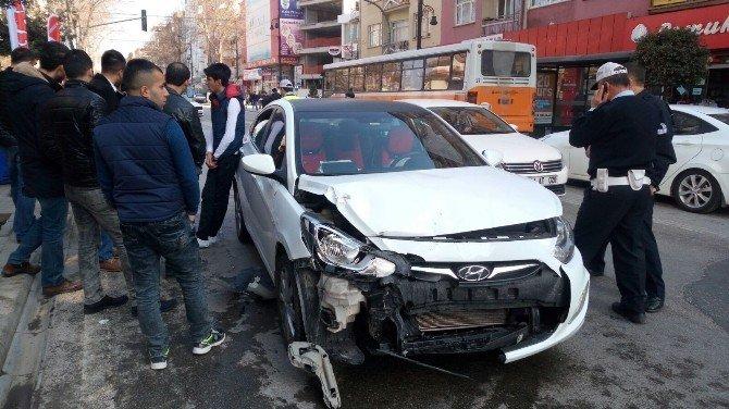 Sıtmapınarı'nda Kaza: 1 Yaralı