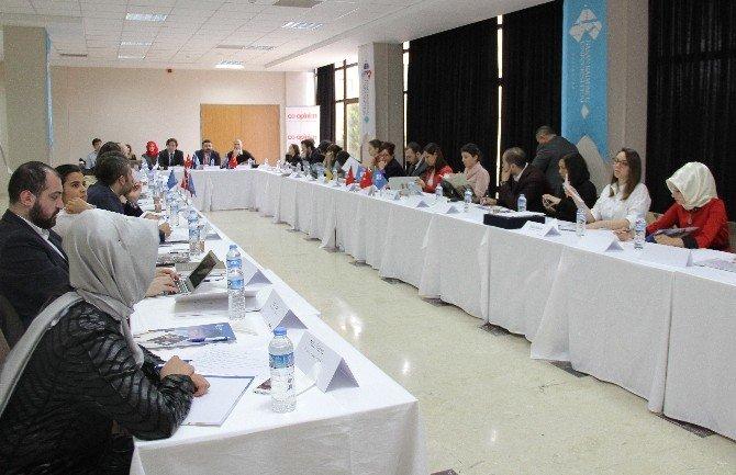 Sivil Toplum Temsilcileri, Genç Mültecileri Ve İşsizliği Konuştu