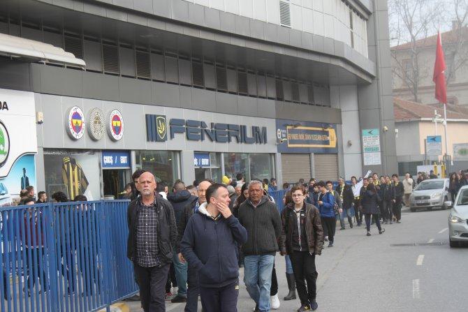 Fenerbahçeli taraftarlar derbiden umutlu