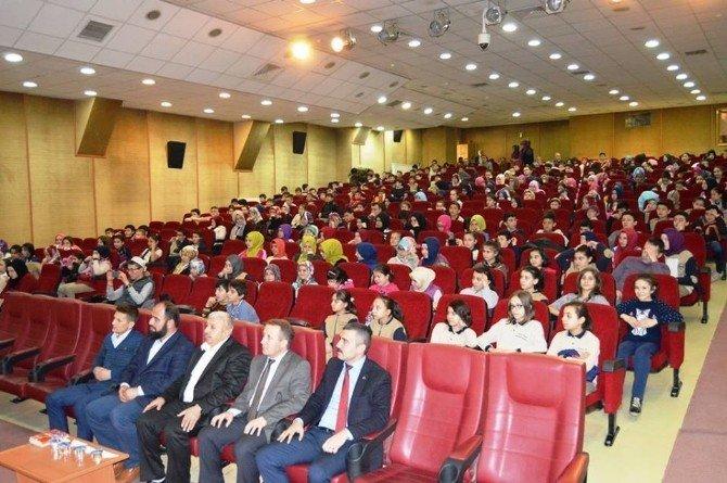 İlahiyatçı Yazar Ahmet Bulut: Aile Toplumun Temelidir