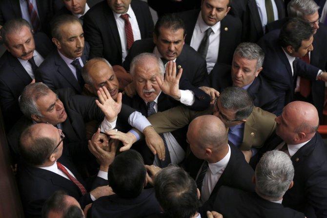 Erdoğan sözleri sebebiyle CHP'li vekile Genel Kurula katılmama cezası verildi