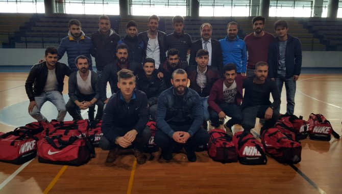 Ağrı İbrahim Çeçen Üniversitesi Salon Futbol Takımı Ünilig'de