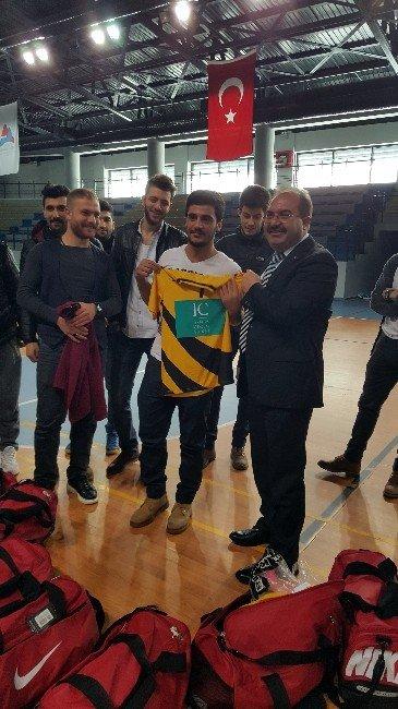 İbrahim Çeçen Üniversitesi Salon Futbol Takımı Ünilig'de