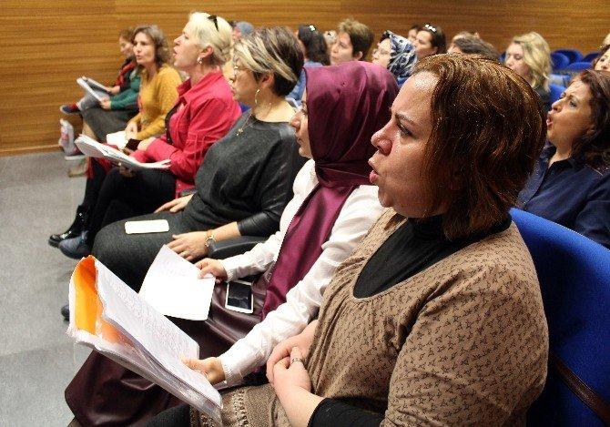 Diller Farklı, Kadın Dertleri Aynı