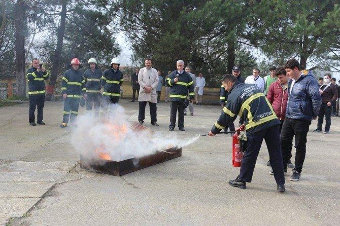 Okulda Yangın Ve Arama Kurtarma Tatbikatı Yapıldı