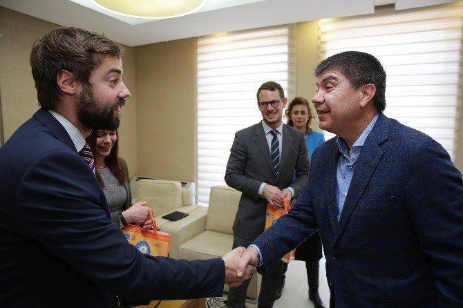 Dünyanın Belediye Başkanları Antalya'da Buluşacak