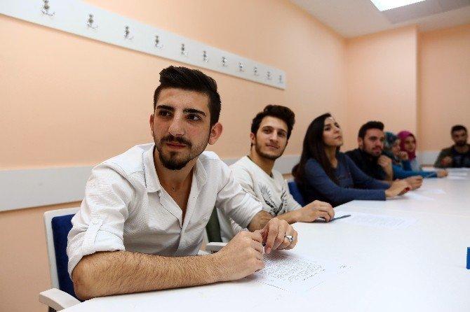 Bağcılar'da Yabancı Dil Eğitimi İlgi Görüyor