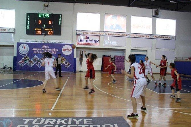 Basketbol Grup Müsabakaları Başladı