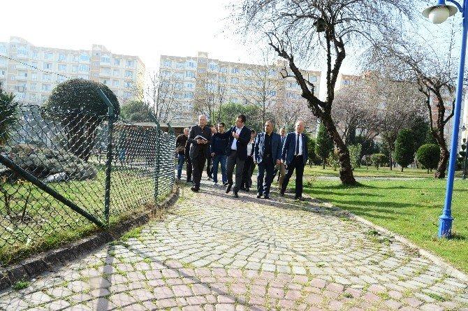 Başkan İmamoğlu, İhlas Marmara Evleri 2'nci Kısım Yönetimini Ziyaret Etti