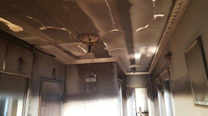 AK Partili Akarsu'nun Evinde Korkutan Yangın