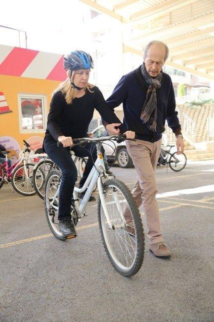 Bursa'da Bisiklet Akademisi'nde Yeni Dönem Başladı
