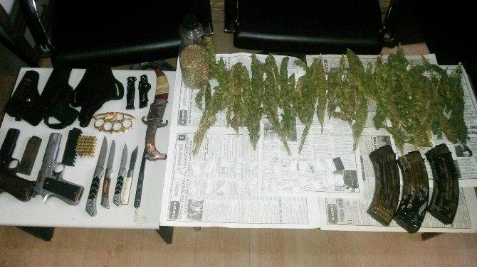PKK'ya Ait Uyuşturucu Ve Silah Ele Geçirildi