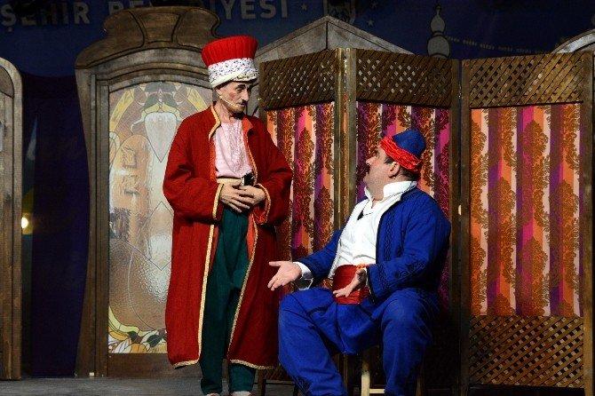 Bursalılar Mart Ayında Tiyatroya Doyacak