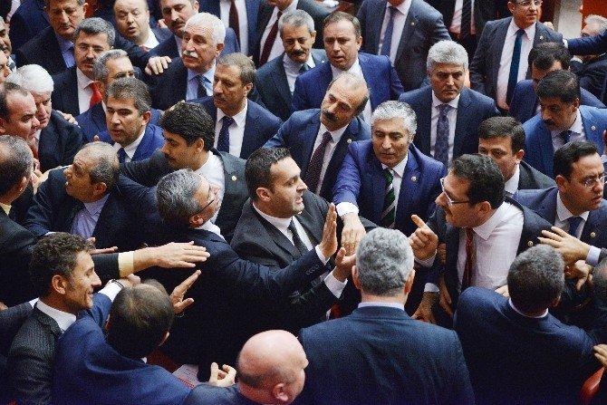 CHP'li Vekilın Cumhurbaşkanı İle İlgili Sözleri Meclisi Karıştırdı