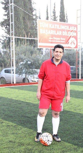 Döşemealtı Belediyesi Birimlerarası Futbol Turnuvası Start Aldı