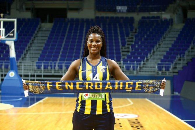 Fenerbahçe'nin Amerikalı basketçileri iddialı konuştu
